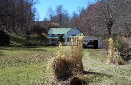PRICE REDUCED! 6477 Pine Creek Road, Grantsville WV 26147